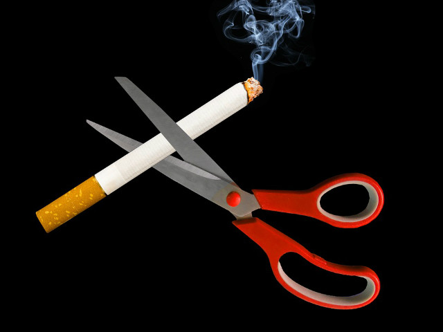 smoking-2369203_960_720.jpg
